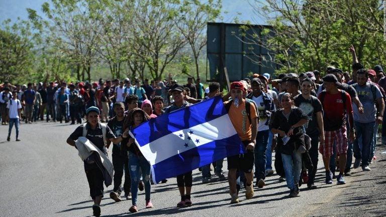 «Tenía miedo, no sabía si me iban a matar»: joven hondureño emigra por cuarta vez