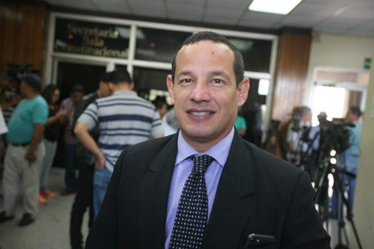 Matan a disparos al reconocido abogado Melvin Bonilla en la capital