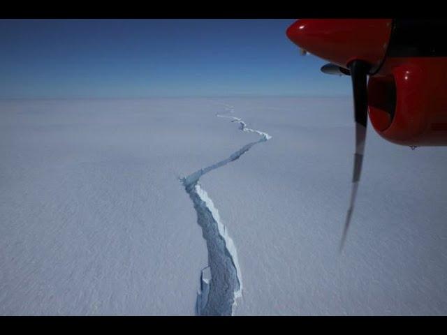 Iceberg con el tamaño de Londres se desprende en la Antártida