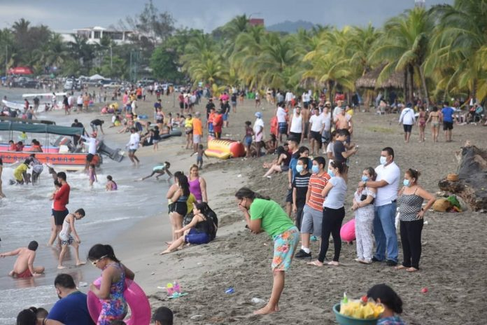 Toque de queda Playas