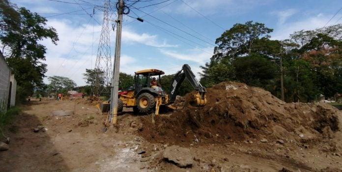Pavimentación bulevar Las Torres