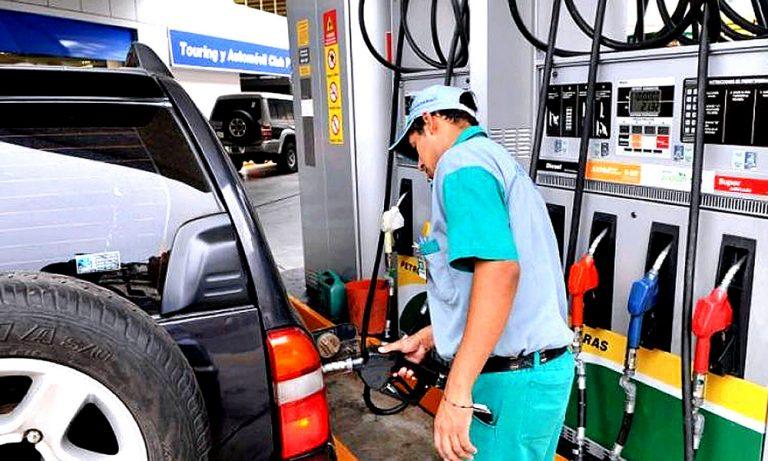 ¡Vuelven los trancazos! Nuevo aumento en precio de los combustibles desde el lunes