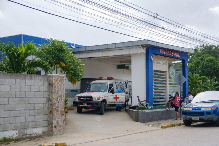 Colapsada y con L4 millones de deuda está sala COVID del Hospital de Puerto Cortés