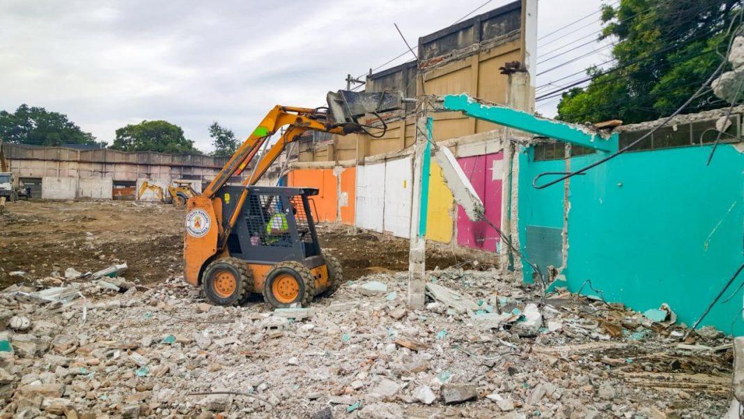 reconstrucción mercado Guamilito