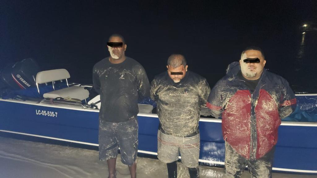 embarcación con droga en Islas de la Bahía