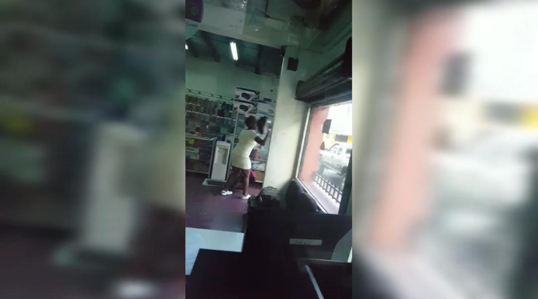 Mujer molesta