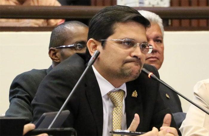 """Diputado: Es una """"tragedia y grosería"""" que aún no lleguen vacunas a Honduras"""