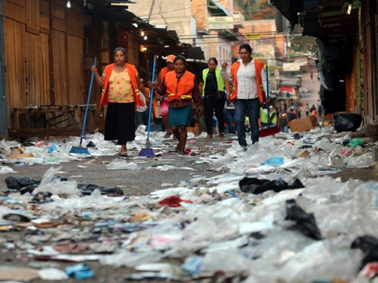 TGU: lluvias evidencian acumulación de basura en las calles