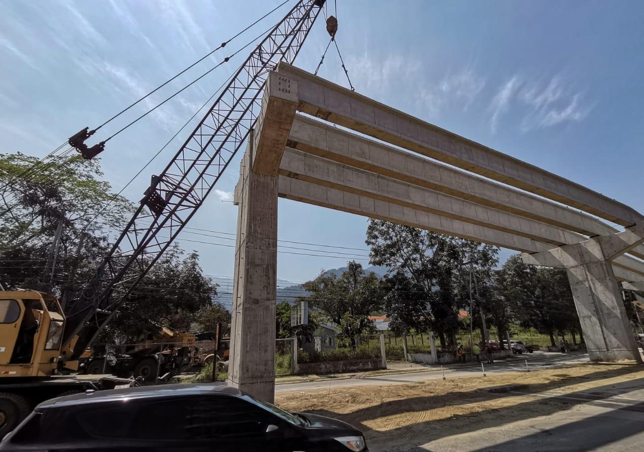 proyecto Paso Merendón municipalidad instala vigas y losas