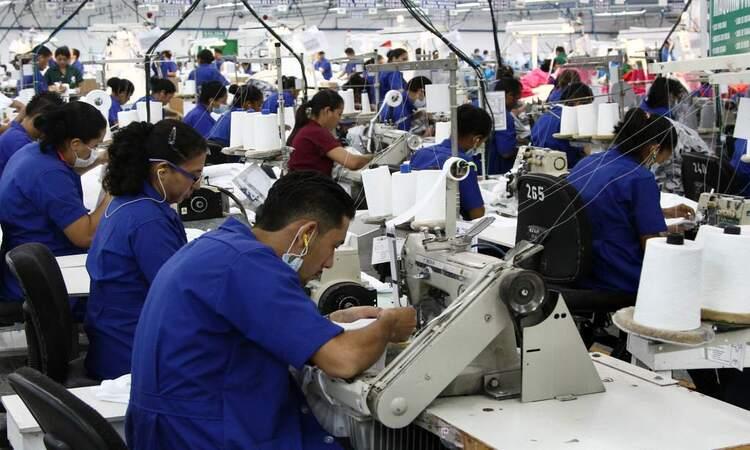trabajadores salario mínimo