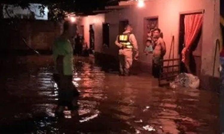 Semana Santa: lluvias ya causan inundaciones en Comayagua