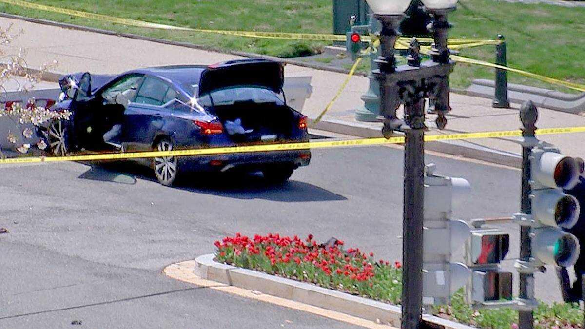 Asimismo se informó que el conductor del vehículo ya falleció.