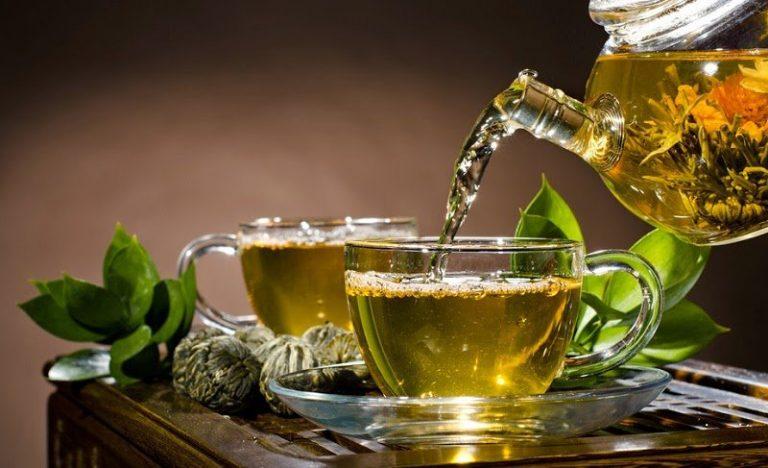 SALUD | ¿Qué podría pasar con tu cuerpo al tomar té verde cada día?