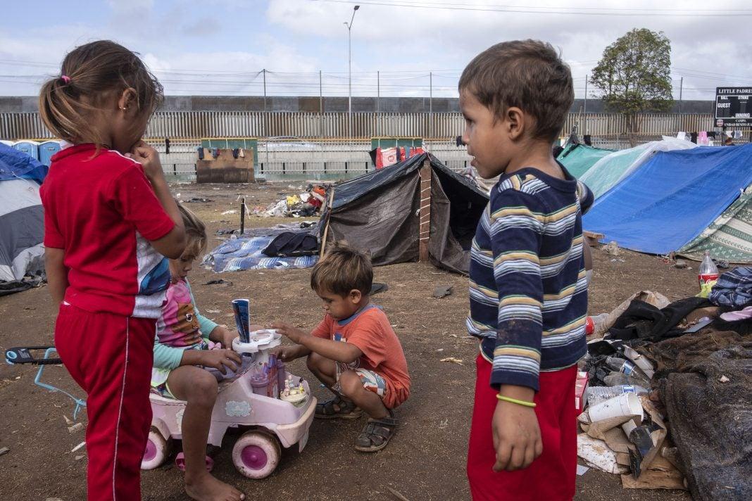 niños migrantes Honduras Dinaf