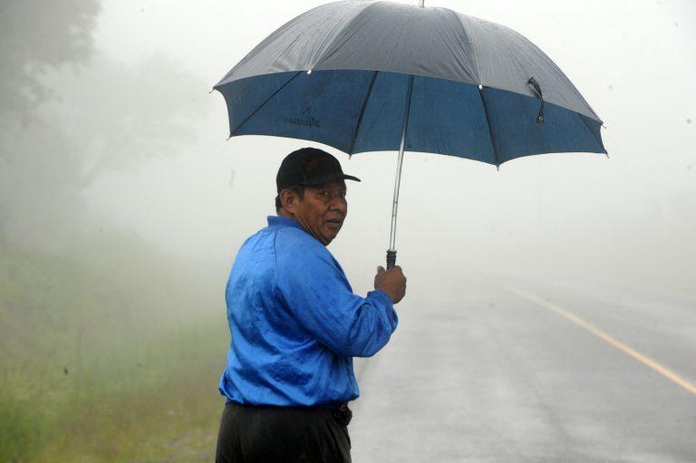 CLIMA ESTA TARDE: ¡Saque el paraguas! Pronostican lluvias en casi todo el país