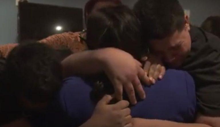 «Nunca se rindió»: tres años separados, hondureña se reúne con sus hijos