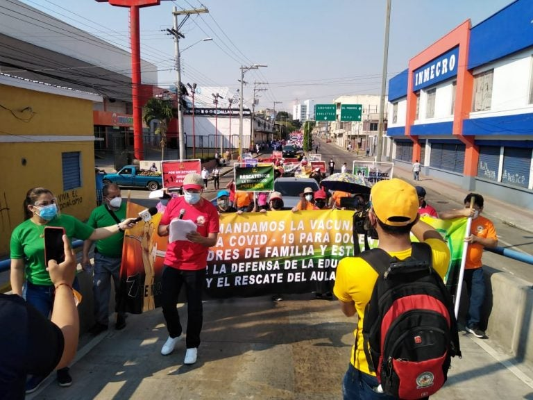 Día del Trabajador: exigiendo vacunas y alto a la corrupción protestan en Honduras