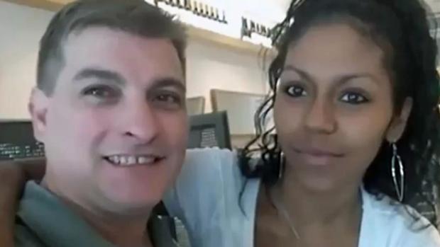 Rey del Cachopo se defiende: tilda de prostituta y narco a exnovia hondureña