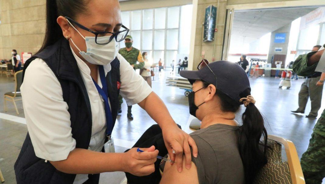 hondureños que viajan a EEUU a vacunarse