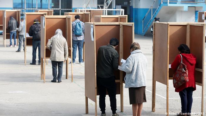 Más del 40 % de los votos: Independentistas arrasan con elecciones en Chile