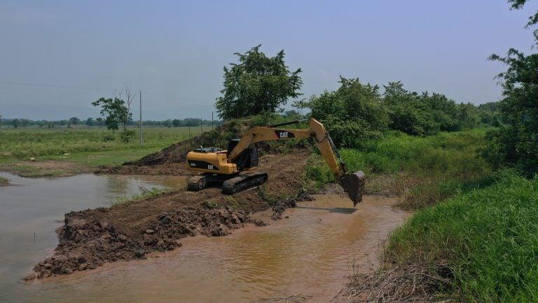 Hacen inspección y reconstrucción de bordos dañados en Choloma