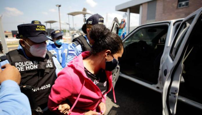 Mandan prisión hondureña extraditada