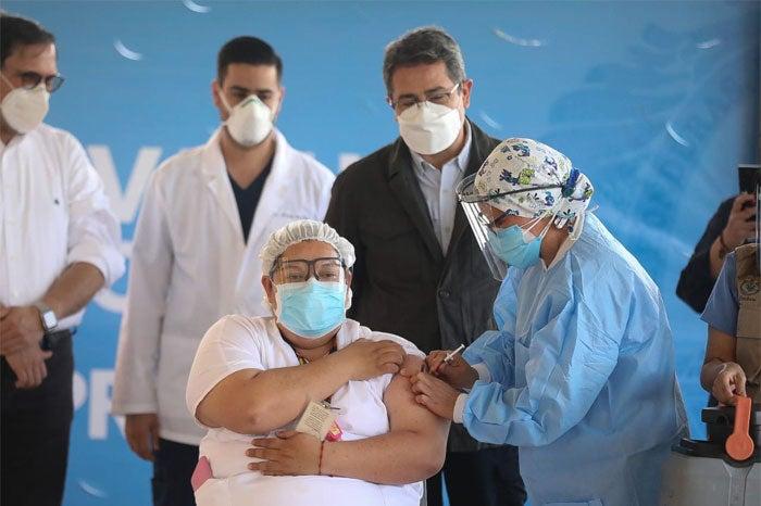 Hondureños vacunas aseguradas Covid-19