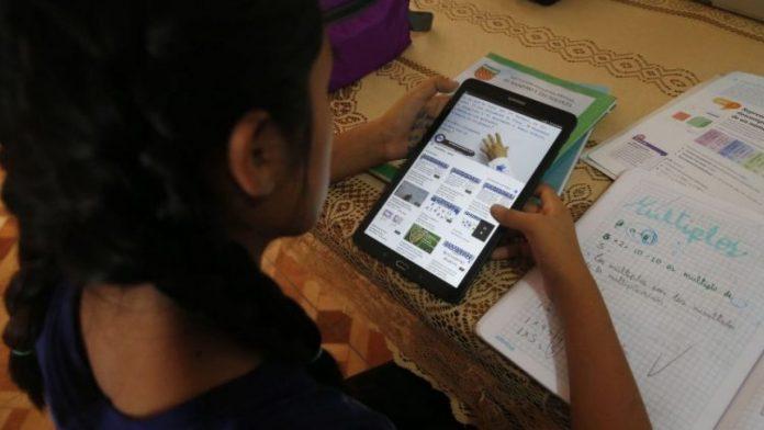 educación retraso Honduras