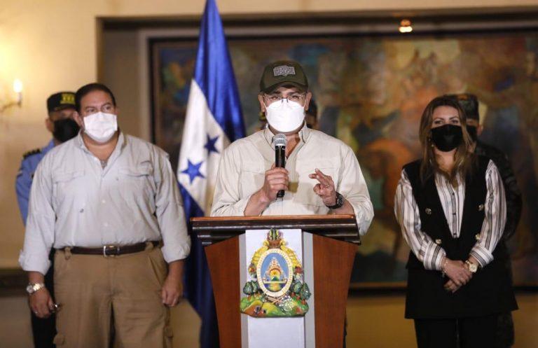 """JOH: Honduras comprará vacunas a todos los países porque """"primero es la vida"""""""
