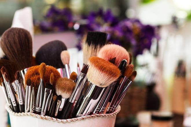 funciones brochas de maquillaje