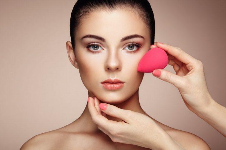 DE MUJERES| Tips para cuidar tu esponja de aplicar base o «beauty blender»