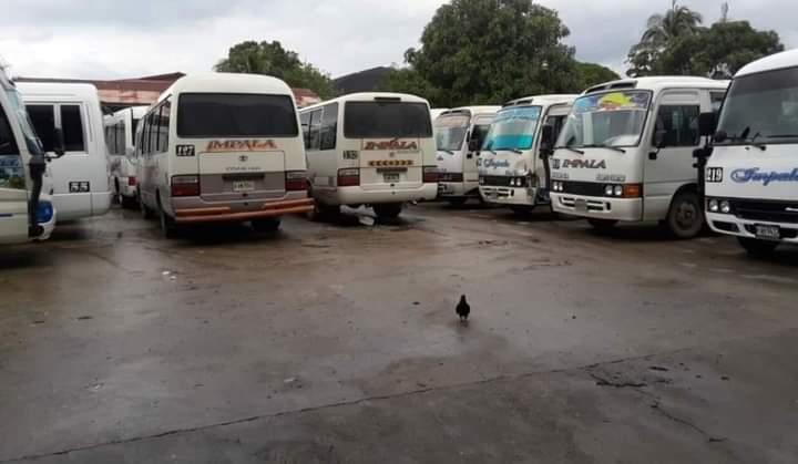 """Transportistas """"sucumben"""" ante extorsión: atrasarse podría llevar a la muerte"""