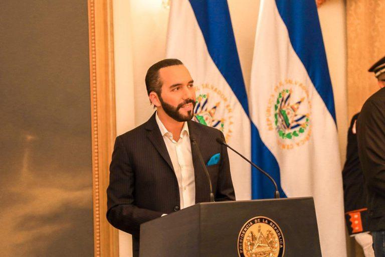 Nayib Bukele analiza enviar otra donación de vacunas anticovid a Honduras