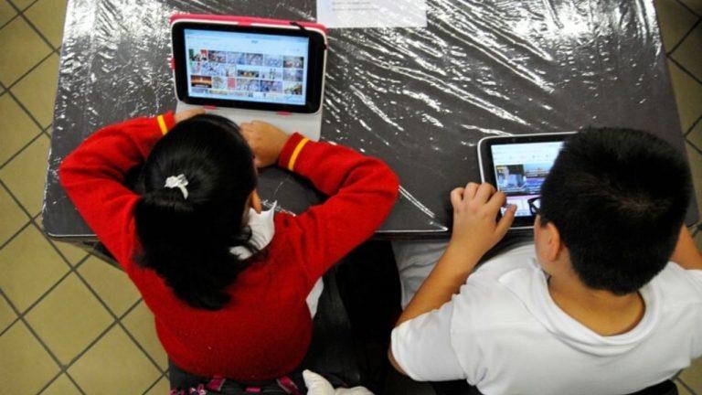ASJ: 680 mil alumnos reciben solo una hora de clases virtuales cada día en Honduras