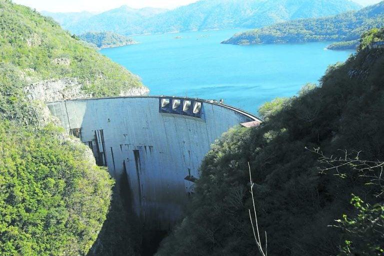 AHER: $1,400 millones invertirían si Honduras reactiva construcción de hidroeléctricas