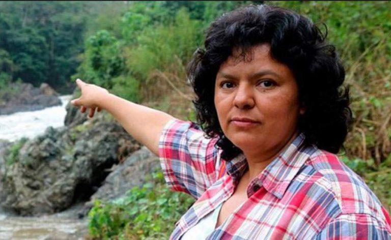 Caso Berta: Defensa insiste en preguntar por qué obviaron investigar 36 llamadas