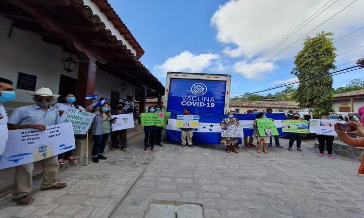 Por falta de insumos, paralizada vacunación en Ojojona; hoy inicia, dice Salud