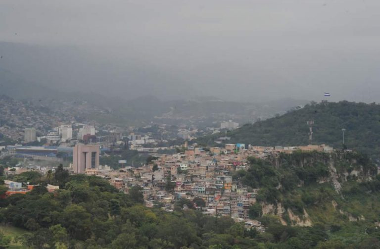 CLIMA ESTA TARDE: Lluvias «más potentes» en varios lugares del país
