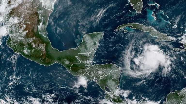 Inicia temporada de huracanes en el Pacífico: se esperan entre 14 y 20 ciclones
