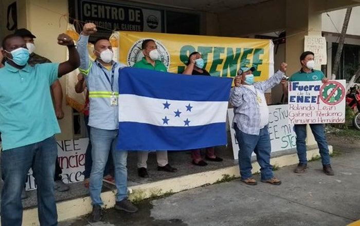 STENEE: Mora de abonados de la ENEE supera los L 12 mil millones por pandemia