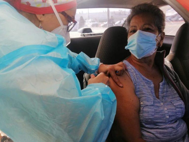 COVID-19: ¿Dónde y a quiénes les toca vacunación hoy, jueves, en Honduras?