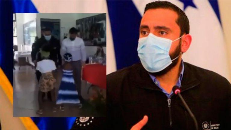 """Ministro de El Salvador se atreve a bailar """"punta"""" en su visita a Guanaja"""