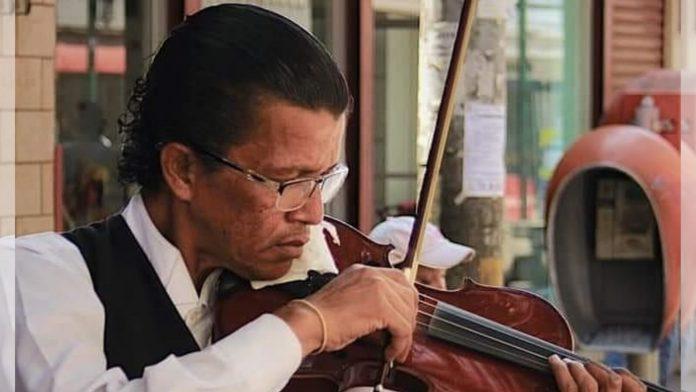 violinista Melvin Saravia