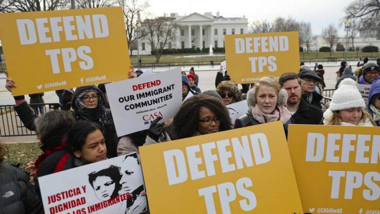 Hondureños con TPS no aplican para obtener residencia en EEUU