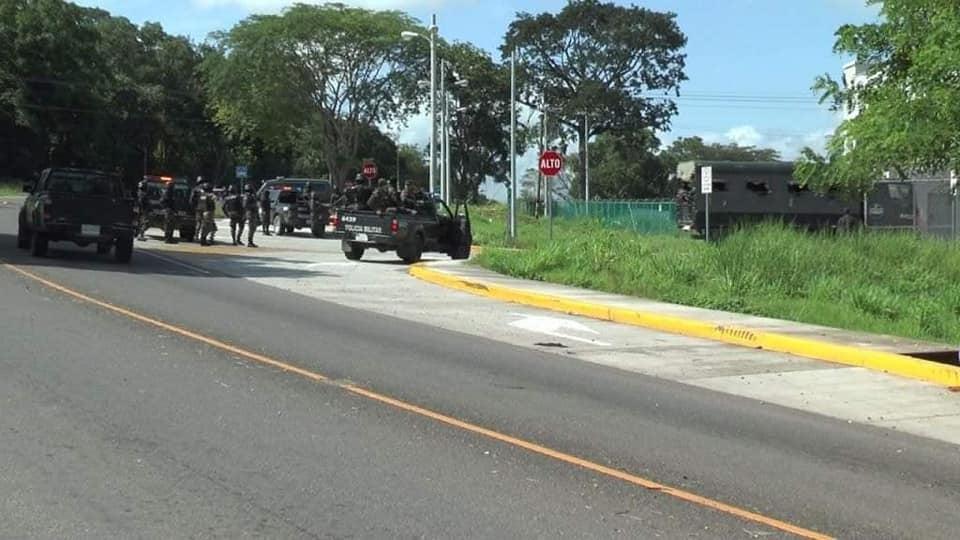 Explota granada en cárcel El Pozo