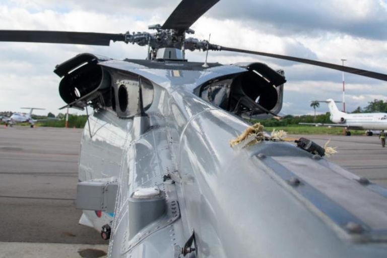FOTOS| Así quedó el helicóptero del presidente colombiano tras atentado