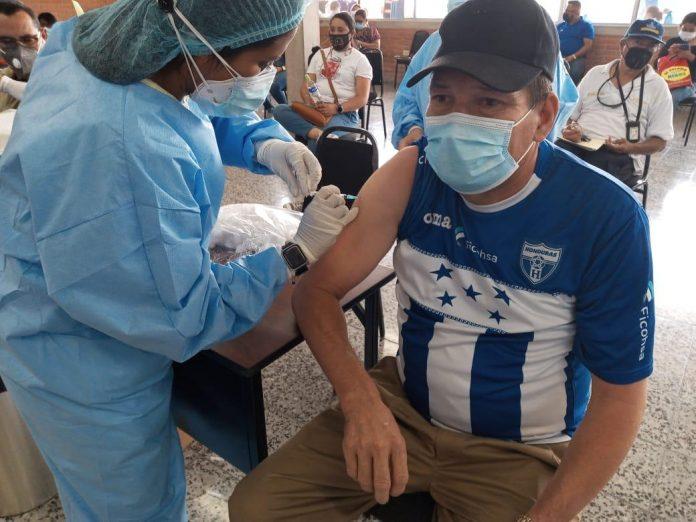 suspendida vacunación del IHSS