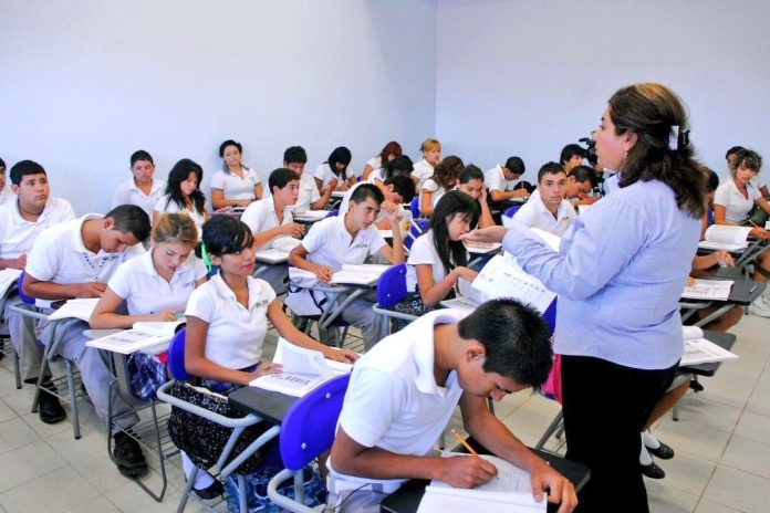 maestros aumento hora clase