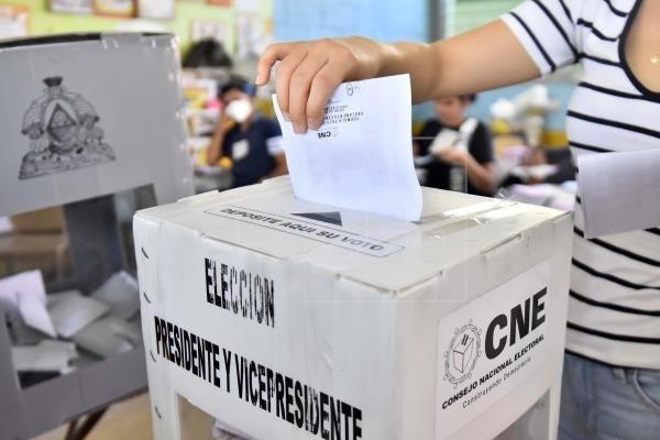 CN reelección y segunda vuelta