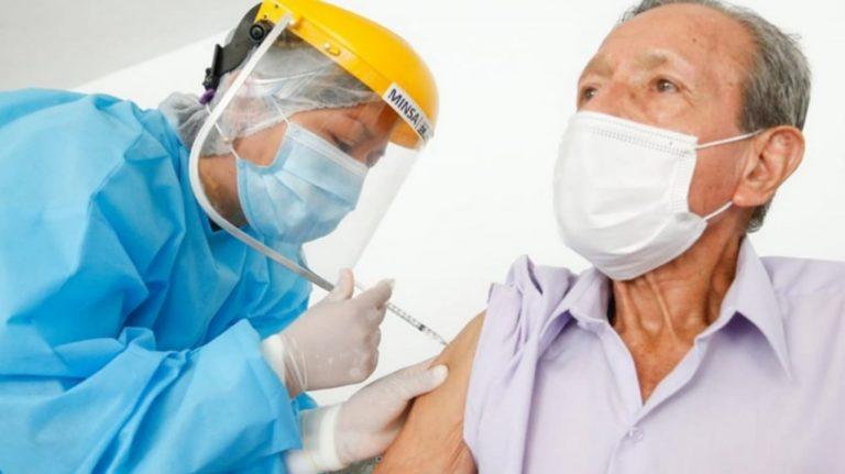 ASJ pide a la SESAL garantizar vacunación de grupos priorizados